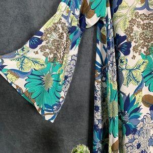 Umgee Dresses - 🌵Umgee Floral Boho 60's Bell Sleeve Hippie Dress